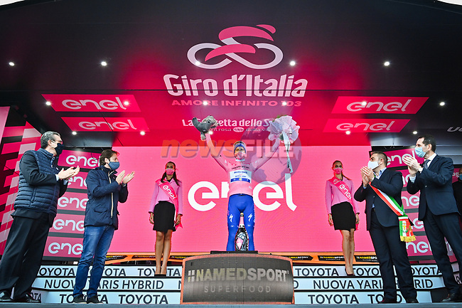 Joao Almeida (POR) Deceuninck-Quick Step takes over the race leaders Maglia Rosa at the end of Stage 3 of the 103rd edition of the Giro d'Italia 2020 running 150km from Enna to Etna (Linguaglossa-Piano Provenzana), Sicily, Italy. 5th October 2020.  <br /> Picture: LaPresse/Massimo Paolone | Cyclefile<br /> <br /> All photos usage must carry mandatory copyright credit (© Cyclefile | LaPresse/Massimo Paolone)