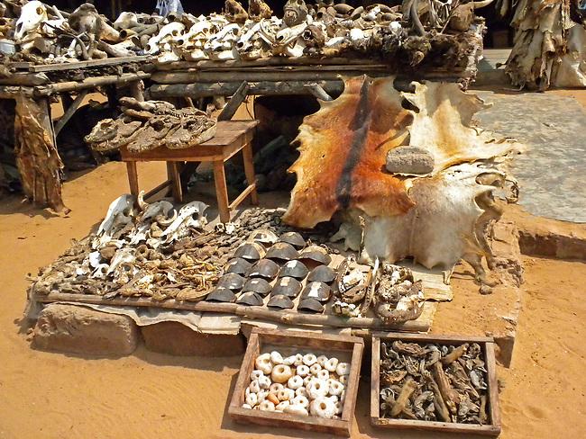 Lomé Fetish Market