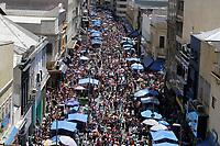07.12.2019 - Movimentação na rua 25 de Março em SP