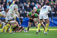 Chris Robshaw of Harlequins attacks the line late in the second half during the Heineken Cup Round 5 match between Harlequins and ASM Clermont Auvergne at the Twickenham Stoop on Saturday 11th January 2014 (Photo by Rob Munro)