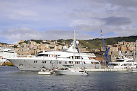 - Genova, yacht ormeggiati in Porto Antico<br />