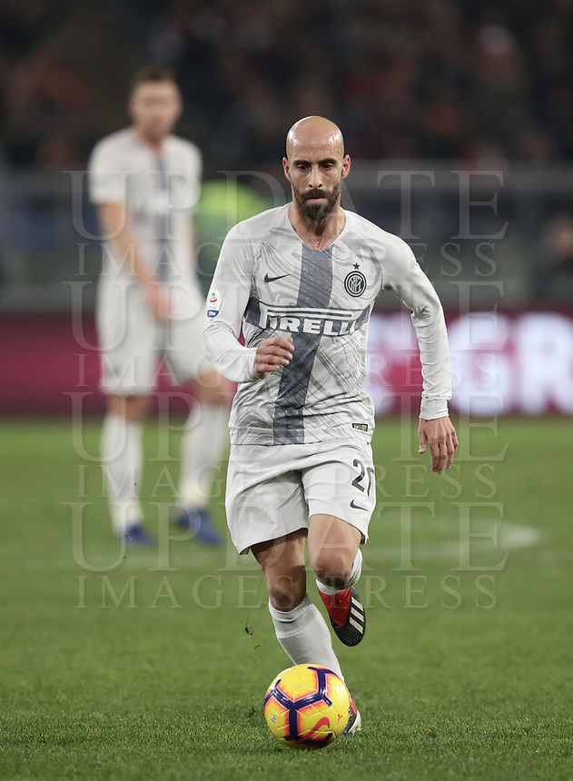 Football, Serie A: AS Roma - InterMilan, Olympic stadium, Rome, December 02, 2018. <br /> Inter's Borja Valero in action during the Italian Serie A football match between Roma and Inter at Rome's Olympic stadium, on December 02, 2018.<br /> UPDATE IMAGES PRESS/Isabella Bonotto