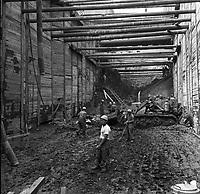 effondrement-des-structures-de-construction-du-mtro-sur-la-rue-burnside-17-juin-1965