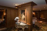 Europe/France/Rhone-Alpes/73/Savoie/Courchevel:  Salle du Restaurant: Pierre Gagnaire pour les Airelles à l'Hotel Les Airelles