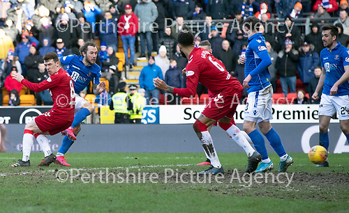 St Johnstone v Rangers…..23.02.20   McDiarmid Park   SPFL<br />Stevie May scores the equaliser<br />Picture by Graeme Hart.<br />Copyright Perthshire Picture Agency<br />Tel: 01738 623350  Mobile: 07990 594431