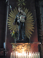 Alter to San Antonio de Padua