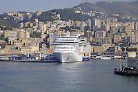 - porto di  Genova, navi da crociera....- Genoa port, cruise ships