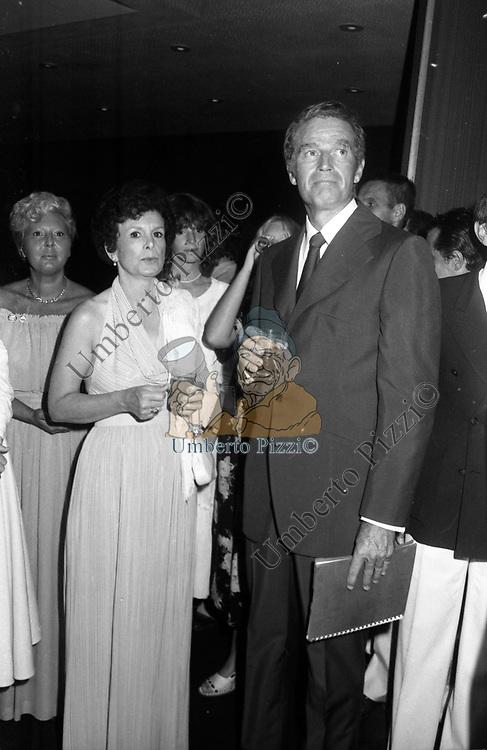 CHARLTON HESTON CON LA MOGLIE LYDIA CLARKE<br /> VENEZIA 1978