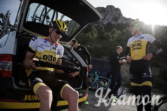 After a very intense training session (several times) up Coll de Rates (Alicante, Spain), Robert Gesink (NLD/LottoNL-Jumbo) is preparing to go down again and thus getting arm- and leg-warmers out of the teamcar (to protect himself against the colder winds at 600m above sea-level). Sep Vanmarcke (BEL/LottoNL-Jumbo) is already ready at this point.<br /> <br /> January 2016 Training Camps