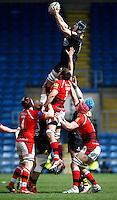 Photo: Richard Lane/Richard Lane Photography. London Welsh v Wasps. Aviva Premiership. 12/04/2015. Wasps' James Gaskell wins a lineout.
