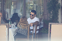 Jesse Metcalfe Has Lunch With Friends In Hollywood