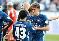 Tatsuya Ito, Luca Waldschmidt    celebration    <br /> / Sport / Football / Football: Germany, 1. Bundesliga  /  2017/2018 / 28.04.2018 / VfL Wolfsburg WOB vs. Hamburger SV HSV 180428053 /  *** Local Caption *** © pixathlon<br /> Contact: +49-40-22 63 02 60 , info@pixathlon.de