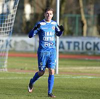 FC Knokke - OMS Ingelmunster : Jorgo Waeghe viert zijn doelpunt en de 3-0 voor Knokke <br /> Foto VDB / Bart Vandenbroucke
