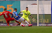 Serdar Dursun (SV Darmstadt 98) erzielt das Tor zum 1:0 gegen Torwart Kevin Müller (1. FC Heidenheim) und Patrick Mainka (1. FC Heidenheim) - 29.02.2020: SV Darmstadt 98 vs. 1. FC Heidenheim, Stadion am Boellenfalltor, 24. Spieltag 2. Bundesliga<br /> <br /> DISCLAIMER: <br /> DFL regulations prohibit any use of photographs as image sequences and/or quasi-video.