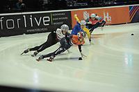 SPEEDSKATING: DORDRECHT: 05-03-2021, ISU World Short Track Speedskating Championships, Heats 1000m Men, Itzhak de Laat (NED), Roberts Kruzbergs (LAT), ©photo Martin de Jong