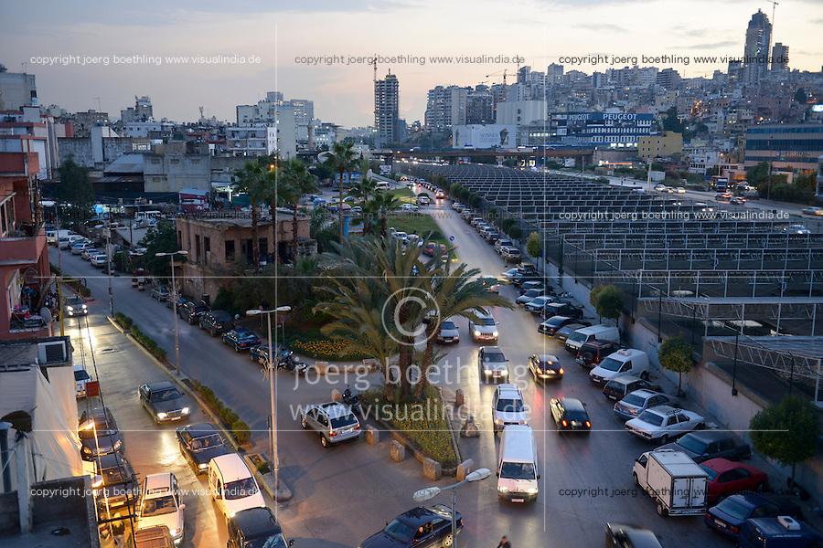 LEBANON, Beirut, Beirut River Solar Snake (BRSS) project, solar panel covering the Beirut River between the Armenia bridge and Yerevan bridge in Bourj Hammoud / LIBANON, Beirut, Solaranlage bedeckt den Beirut Fluss