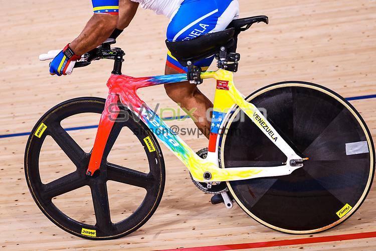 Picture by Alex Whitehead/SWpix.com - Tokyo 2020 Paralympics - 24/08/2021 - Track Cycling - Izu Velodrome, Izu, Japan - Victor Hugo Garrido Marquez of Venezuela during practice.