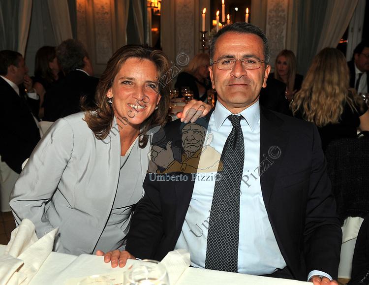PAOLO ED EMANUELA CUCCIA<br /> PREMIO GUIDO CARLI - SECONDA  EDIZIONE<br /> RICEVIMENTO A CASINA VALADIER  ROMA 2011
