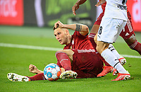 Niklas SUELE (SÃ_le, M) in action, duels, Soccer 1. Bundesliga, 01.matchday, Borussia Monchengladbach (MG) - FC Bayern Munich (M), on 08/13/2021 in Borussia Monchengladbach / Germany. #DFL regulations prohibit any use of photographs as image sequences and / or quasi-video # Â