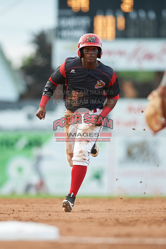 Batavia Muckdogs second baseman Samuel Castro (5) running the bases during a game against the Auburn Doubledays on June 19, 2017 at Dwyer Stadium in Batavia, New York.  Batavia defeated Auburn 8-2 in both teams opening game of the season.  (Mike Janes/Four Seam Images)