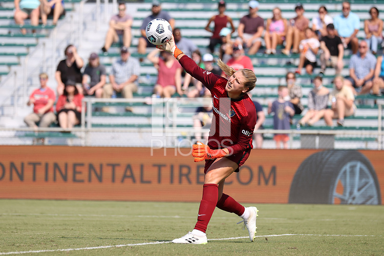 CARY, NC - SEPTEMBER 12: Casey Murphy #1 of the North Carolina Courage throws the ball during a game between Portland Thorns FC and North Carolina Courage at Sahlen's Stadium at WakeMed Soccer Park on September 12, 2021 in Cary, North Carolina.