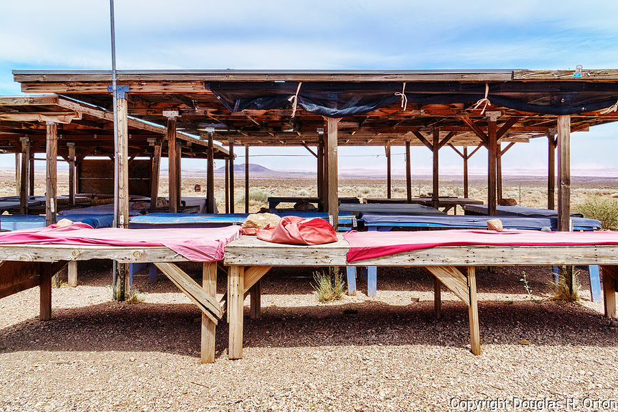 A Navaho market stand near the Desert View, east, entrance to the South Rim, Grand Canyon National Park, Arizona, USA.