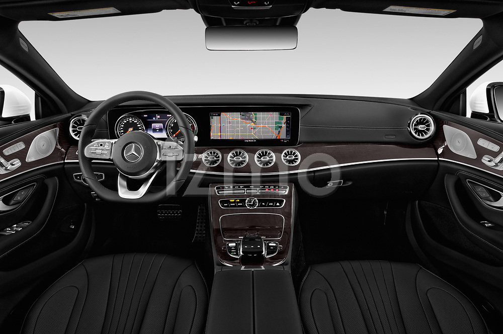 Stock photo of straight dashboard view of a 2019 Mercedes Benz CLS-Coupe CLS450 4 Door Sedan