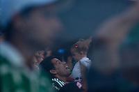 BARUERI, SP, 17 DE JANEIRO DE 2013 - COPA SÃO PAULO DE FUTEBOL JUNIOR - PALMEIRAS x VELO CLUBE: Torcida do Palmeiras durante partida Palmeiras x Velo Clube, válida pelas oitavas de final da Copa São Paulo de Futebol Junior, disputado na Arena Barueri. FOTO: LEVI BIANCO - BRAZIL PHOTO PRESS