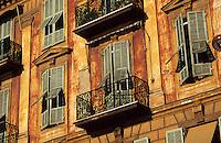 Europe/France/Provence-Alpes-Côte d'Azur/06/Alpes-Maritimes/Nice: Détail des vieilles maisons sur le port