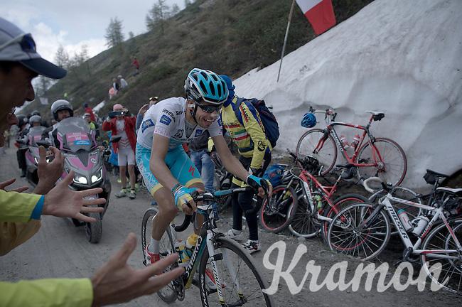 Fabio Aru (ITA/Astana) up the dirt roads of the Colle delle Finestre (2178m)<br /> <br /> Giro d'Italia 2015<br /> stage 20: Saint Vincent - Sestriere (199km)