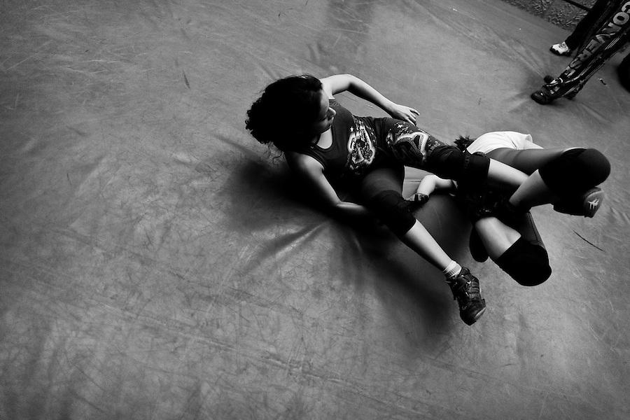 Female Lucha libre wrestling in Mexico   Jan Sochor