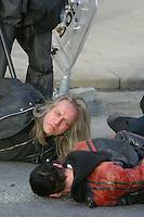 Demonstrasjon mot amerikanske ambassaden , krigen i Irak. Blitz-veteran Stein Lillevolden