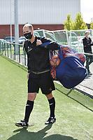 Anderlecht's goalkeeper coach Damien D Hollander pictured during a female soccer game between SV Zulte - Waregem and RSC Anderlecht Dames on the second matchday of the 2020 - 2021 season of Belgian Scooore Women s SuperLeague , saturday 5 th of September 2020  in Zulte , Belgium . PHOTO SPORTPIX.BE | SPP | DIRK VUYLSTEKE