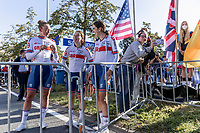 team Great Britain supporting new Women Junior World Champion Zoe Backstedt (GBR) <br /> <br /> Women Junior – Road Race (WC)<br /> Race from Leuven to Leuven (75km)<br /> <br /> UCI Road World Championships – Flanders Belgium 2021<br /> <br /> ©kramon