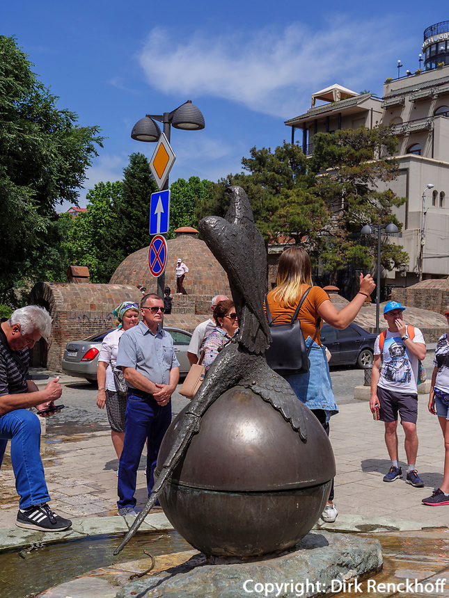 Touristen im Bäderviertel Abanotubani, Tiflis – Tbilissi, Georgien, Europa<br /> tourists in thermal quarter Abanotuban, Tbilisi, Georgia, Europe
