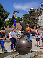 Touristen im Bäderviertel Abanotubani, Tiflis – Tbilissi, Georgien, Europa<br /> tourists in thermal quarter Abanotuban, Tbilisi, Georgia, Europe