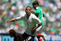 Action photo of Charlie Davis of the USA, during World  Cup 2010 qualifier game against USA at the Azteca Stadium./Foto de accion de Charlie Davies de USA, durante juego eliminatorio de Copa del Mundo 2010 en el Estadio Azteca. 12 August 2009.