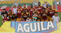 IBAGUÉ -COLOMBIA, 02-01-2006. Jugadores del Deportes Tolima posan para una foto previo al encuentro con Independiente Medellín por la fecha 15 de la Liga Aguila I 2016 jugado en el estadio Manuel Murillo Toro de la ciudad de Ibagué./ Players of Deportes Tolima pose to a photo prior a match against Independiente Medellin for the date 15 of the Aguila League I 2016 played at Manuel Murillo Toro stadium in Ibague city. Photo: VizzorImage / Juan Carlos Escobar / Cont
