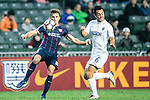 SC Kitchee Defender Helio de Souza (l) fights for the ball with Cameron Neru of Auckland City (r) during the Nike Lunar New Year Cup 2017 match between SC Kitchee (HKG) and Auckland City FC (NZL) on January 31, 2017 in Hong Kong, Hong Kong. Photo by Marcio Rodrigo Machado / Power Sport Images