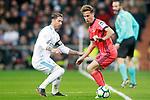 Real Madrid's Sergio Ramos (l) and Real Sociedad's Sergio Canales during La Liga match. February 10,2017. (ALTERPHOTOS/Acero)