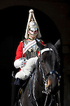 Great Britain, England, London: Life Guard and horse of the Household Cavalry Regiment at Horse Guards, Whitehall