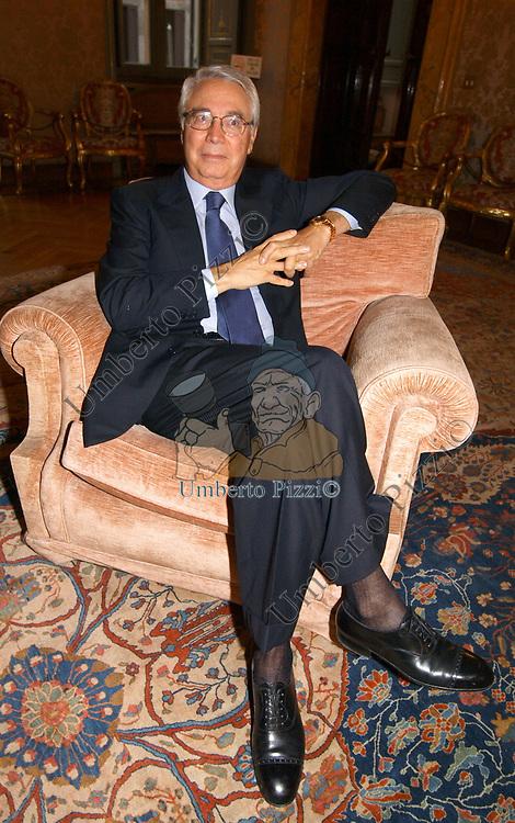 """CESARE GERONZI<br /> PRESENTAZIONE DEL LIBRO """"S-PROFONDO NORD"""" DI BRUNO MANFELLOTTO<br /> PALAZZO DE CAROLIS  ROMA 2003"""