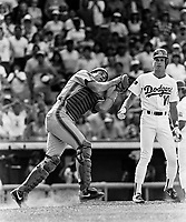 New York Mets catcher Barry Lyons during a game against the Los Angeles Dodgers at Dodger Stadium during the 1987 season in Los Angeles,California.(Larry Goren/Four Seam Images)
