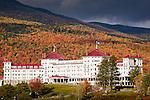 Fall foliage and the Mt Washington Hotel, Bretton Woods, White Mountains, NH, USA