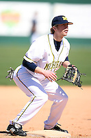 February 20, 2009:  Third baseman Tim Kalczynski (43) of the University of Michigan during the Big East-Big Ten Challenge at Jack Russell Stadium in Clearwater, FL.  Photo by:  Mike Janes/Four Seam Images