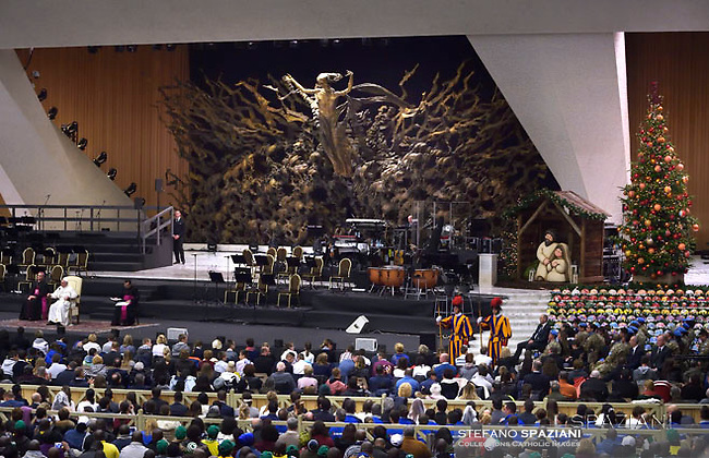 tree Christmas,Nativity thun.Pope Francis during his weekly general audience at the Paul VI hall at the Vatican, Wednesday.14 december 2016