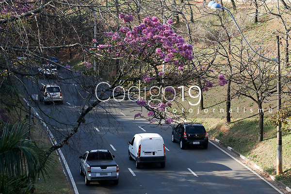 Campinas (SP), 02/06/2021 - Clima-SP - Via Expressa Waldemar Paschoal em Campinas, com céu aberto e tempo seco nesta terça-feira (02).