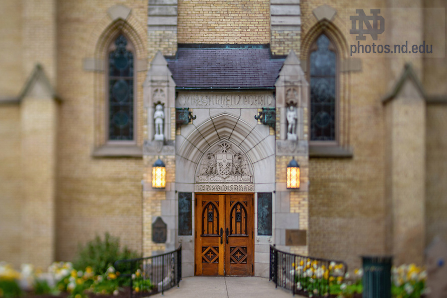 """May 19, 2020; East door of the Basilica of the Sacred Heart with the relief """"God, Country, Notre Dame"""" (Photo by Matt Cashore/University of Notre Dame)"""