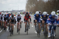 echelons are formed when the peloton nears the North Sea<br /> <br /> 78th Gent - Wevelgem in Flanders Fields (1.UWT)