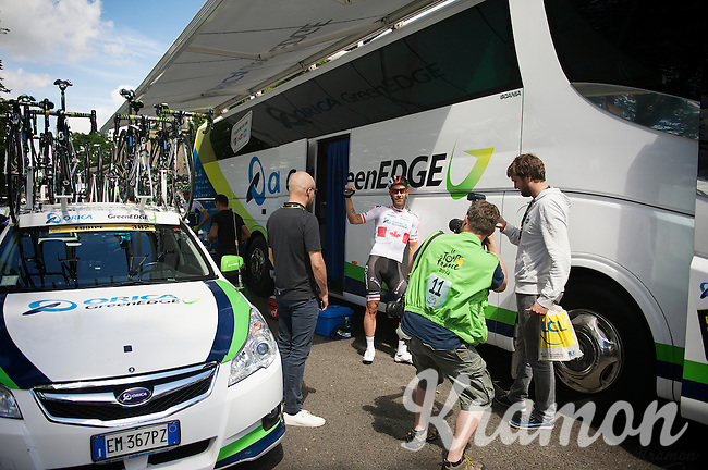 Svein Tuft (CAN/Orica-GreenEDGE) showing his tattoo<br /> <br /> 2014 Tour de France<br /> stage 3: Camebridge-London (155km)